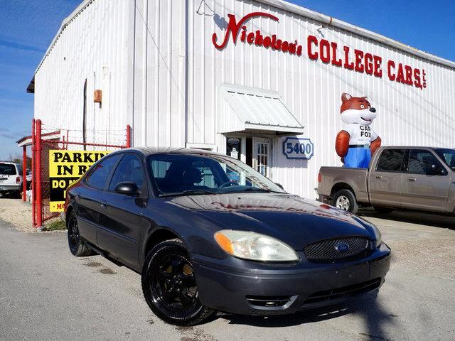 2004 Ford Taurus Visit Nicholsons College Cars online at wwwnicholsoncarscom to see more pictures