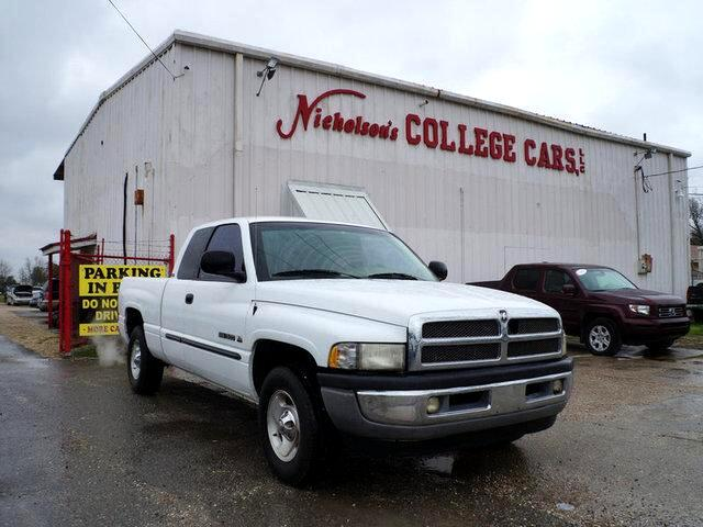 2001 Dodge Ram 1500 Visit Nicholsons College Cars online at wwwnicholsoncarscom to see more pictu