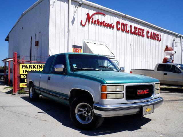 1994 GMC Sierra Visit Nicholsons College Cars online at wwwnicholsoncarscom to see more pictures