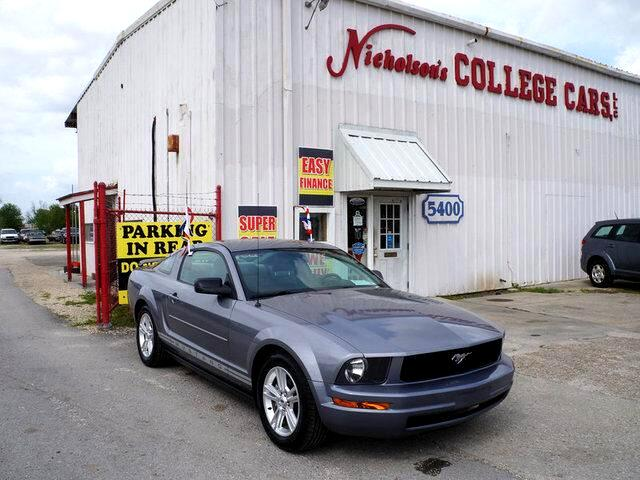 2006 Ford Mustang Visit Nicholsons College Cars online at wwwnicholsoncarscom to see more picture