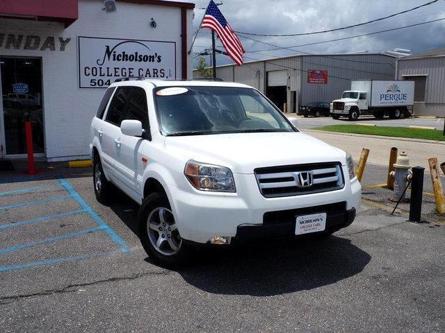 2007 Honda Pilot Visit Nicholsons College Cars online at wwwnicholsoncarscom to see more pictures
