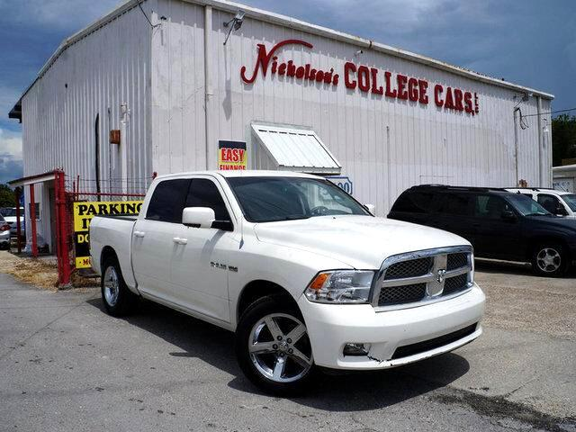 2009 Dodge Ram 1500 Visit Nicholsons College Cars online at wwwnicholsoncarscom to see more pictu