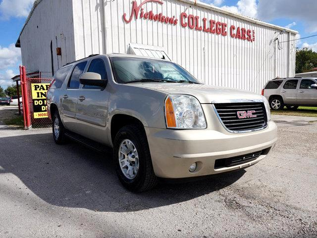 2007 GMC Yukon XL Visit Nicholsons College Cars online at wwwnicholsoncarscom to see more picture