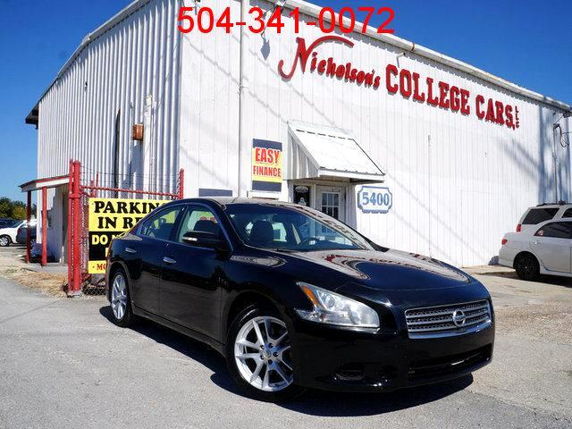 2009 Nissan Maxima Visit Nicholsons College Cars online at wwwnicholsoncarscom to see more pictur