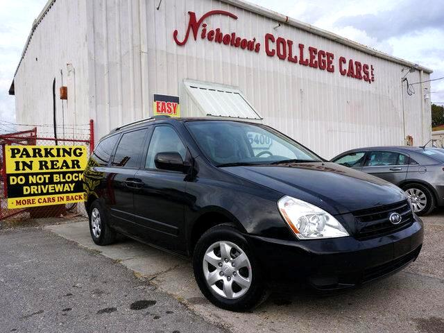 2010 Kia Sedona Visit Nicholsons College Cars online at wwwnicholsoncarscom to see more pictures