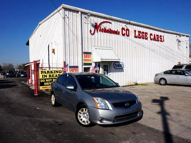 2010 Nissan Sentra Visit Nicholsons College Cars online at wwwnicholsoncarscom to see more pictur