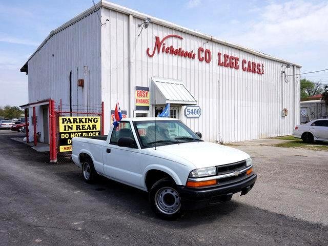 2003 Chevrolet S10 Visit Nicholsons College Cars online at wwwnicholsoncarscom to see more pictu