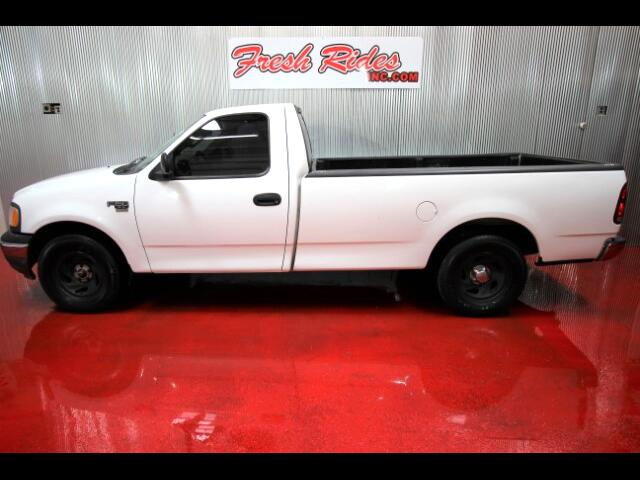 2003 Ford F-150 XL 8-ft. Bed 2WD