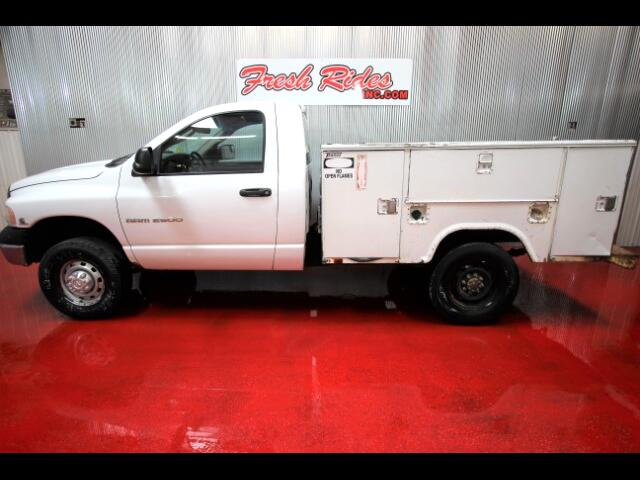 2005 Dodge Ram 2500 ST Club Cab 8-ft. Bed 4WD