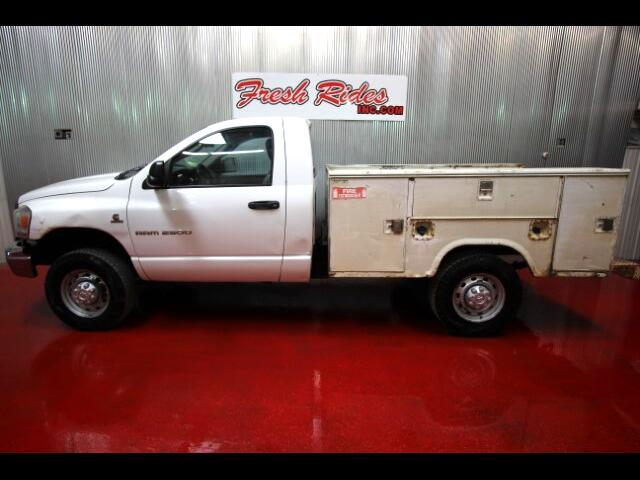 2006 Dodge Ram 2500 ST Club Cab 8-ft. Bed 4WD