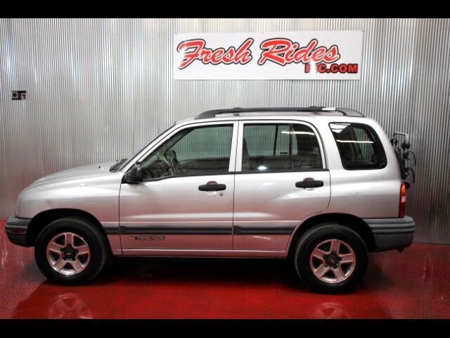 2002 Chevrolet Tracker 4-Door 4WD