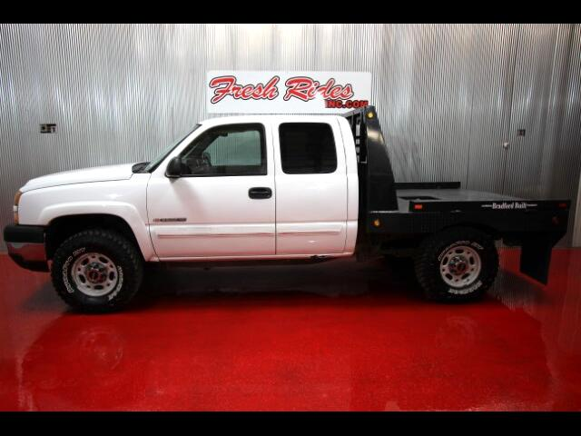 2005 Chevrolet Silverado 2500HD Ext. Cab Short Bed 4WD