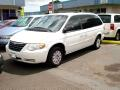 2005 Chrysler Town &amp; Country