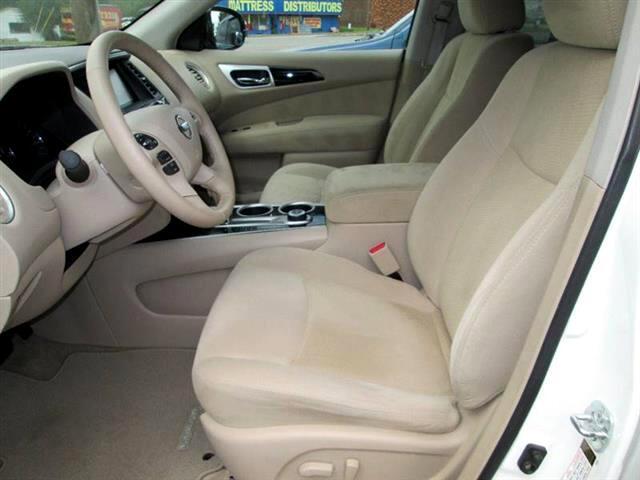 2013 Nissan Pathfinder SV 4WD