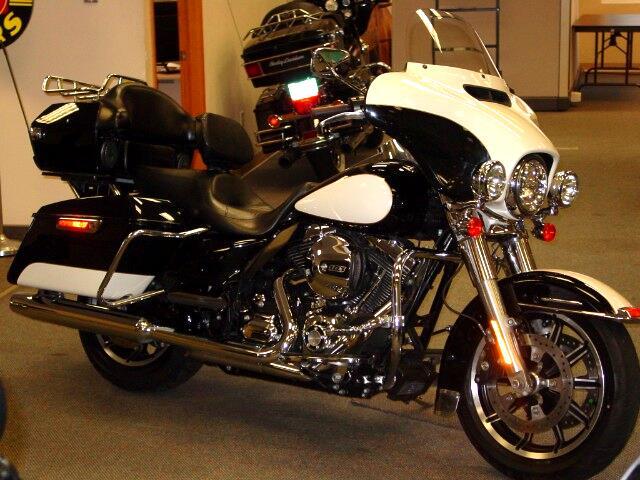 2014 Harley-Davidson FLHTP Electra Glide Police