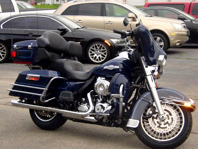 2012 Harley-Davidson FLHTCU ULTRA CLASSIC PEACE OFFICER SPECIAL