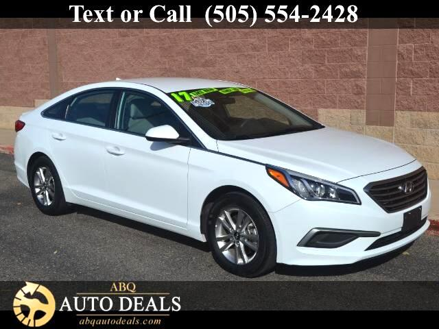 2017 Hyundai Sonata The striking contemporary design and superb performance of our One Owner Accide