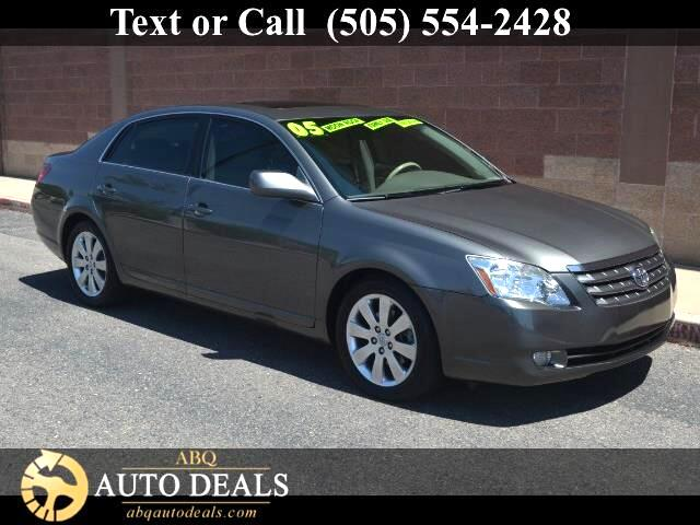 2005 Toyota Avalon A beautiful Sedan that just says class Meet our Accident Free 2005 Toyota Avalo