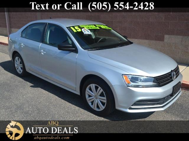 2015 Volkswagen Jetta Kick start your day with our incredible One Owner Accident Free 2015 Volkswag