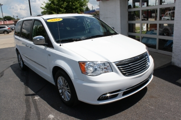 2014 Chrysler Town & Country