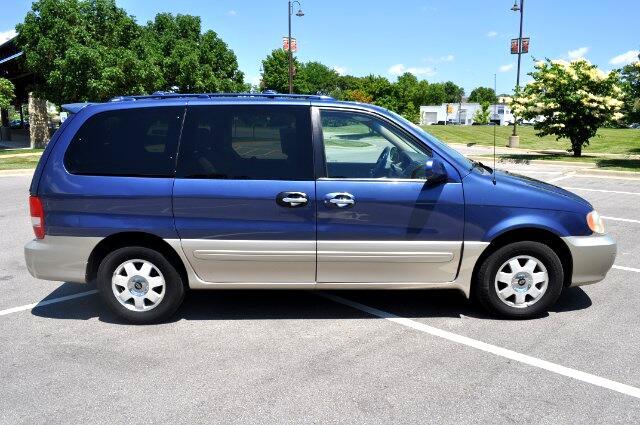 2003 Kia Sedona near Merriam KS 66203 for $2,997.00
