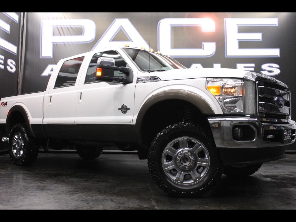 2016 Ford F-250 SD Lariat Crew Cab 4WD FX4 Leveled