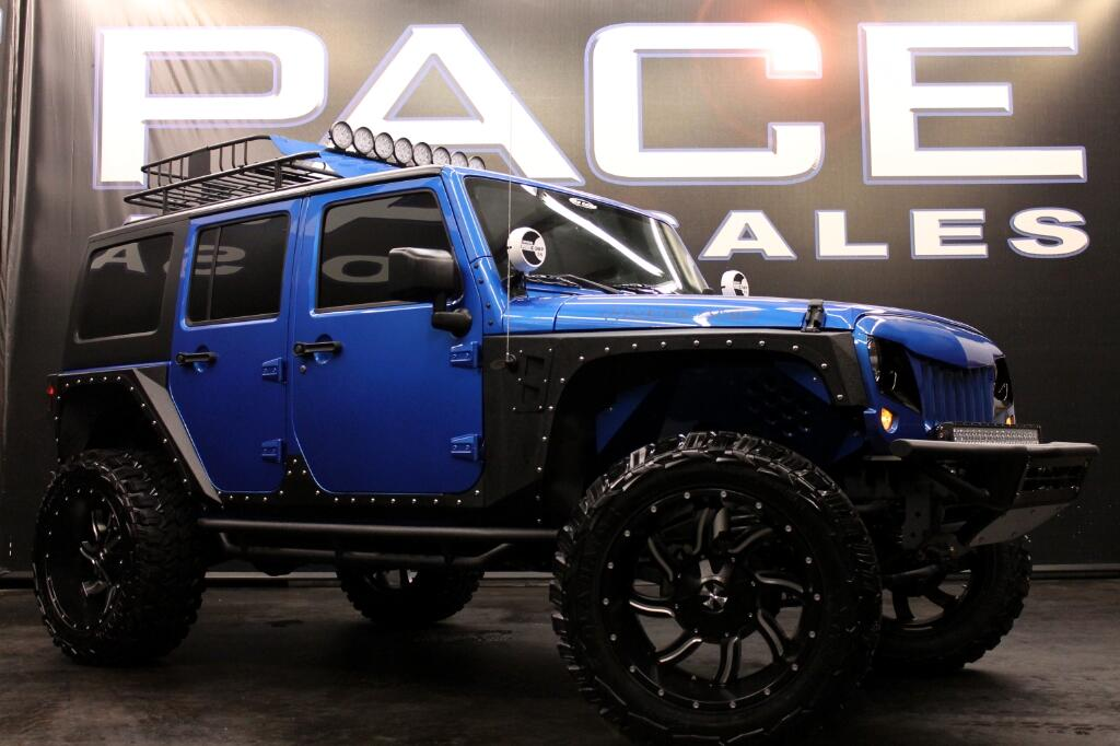 2016 Jeep Wrangler Unlimited 4WD CUSTOM LIFTED