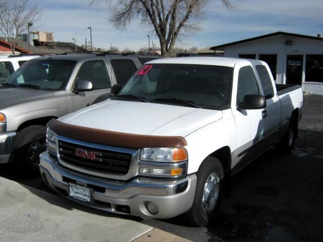 2004 GMC Sierra 1500 2WD Crew Cab 143.5