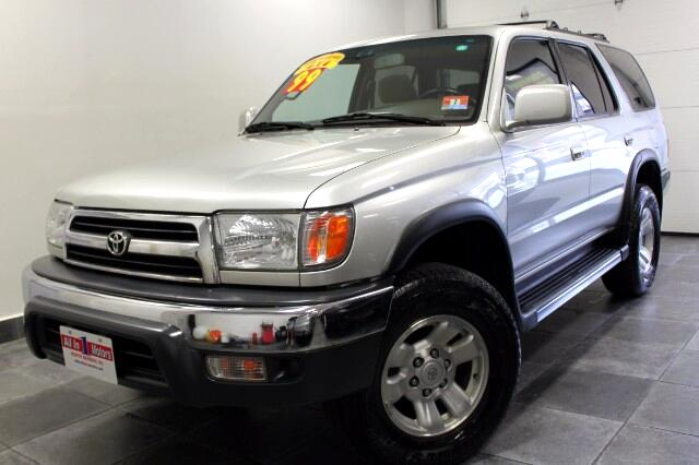 used 1999 toyota 4runner for sale in north bergen nj 07047. Black Bedroom Furniture Sets. Home Design Ideas