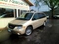 2000 Chrysler Town &amp; Country