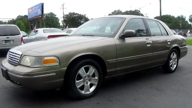 2003 Ford Crown Victoria 4-Door