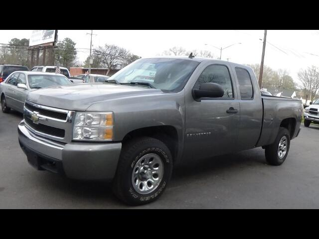 2007 Chevrolet Silverado 1500 LS Ext. Cab Long Box 4WD