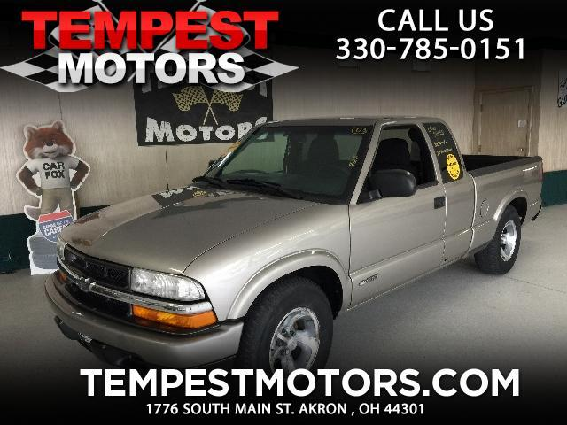 2003 Chevrolet S10 Pickup LS Ext. Cab 2WD