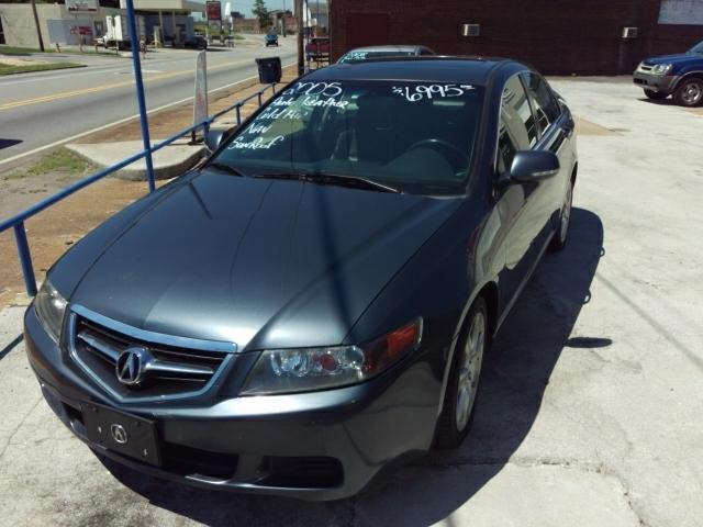 2005 Acura TSX 5-Spd AT w/ Technology Package