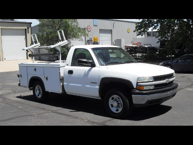 2002 Chevrolet Silverado 2500 8FT ROYAL UTILITY BODY~LARGE LADDER RACK