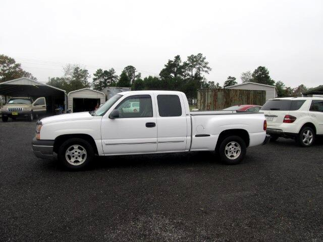 2003 Chevrolet Silverado 1500 Ext. Cab 4-Door Short Bed 2WD