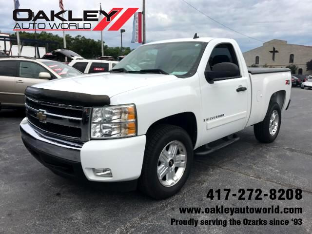 2008 Chevrolet Silverado 1500 LT Regular Cab Short Bed 4WD
