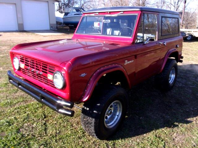 1967 Ford Bronco 4WD