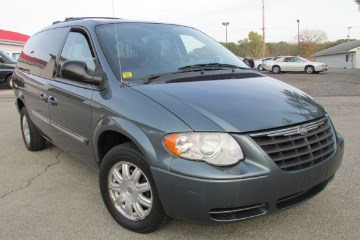2007 Chrysler TOWN & COU