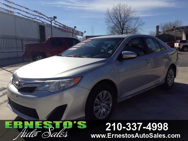 2012 Toyota Camry 4dr Sdn LE Auto