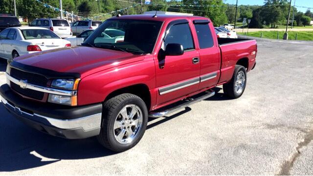 2004 Chevrolet Silverado 1500 LT 4WD