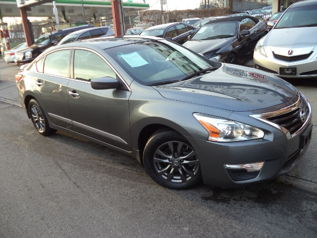 2015 Nissan Altima 2.5 SPORT VALUE PACKAGE