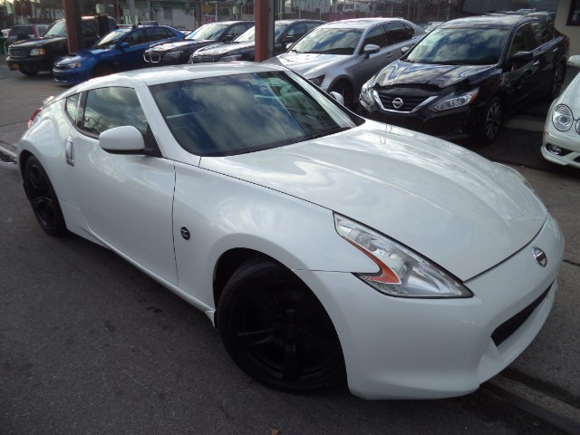 2011 Nissan Z 370Z Touring Coupe