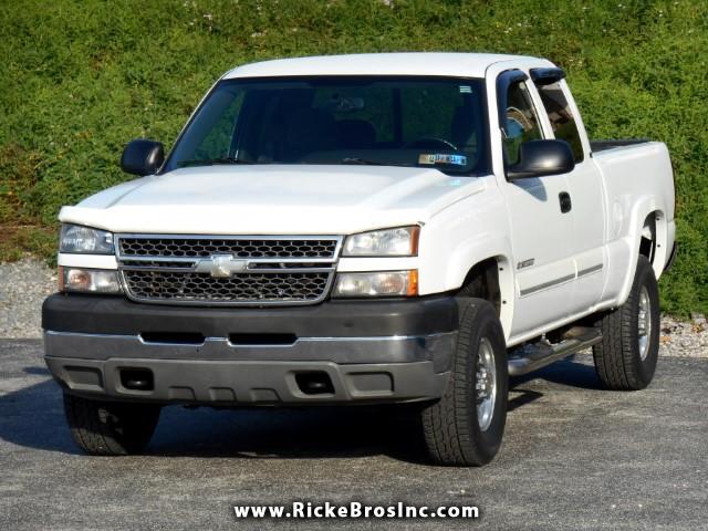 2005 Chevrolet Silverado 2500HD LT Ext. Cab Short Bed 4WD