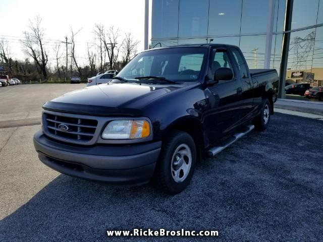 2002 Ford F-150 XL SuperCab Short Bed 2WD