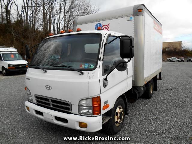 2003 Hyundai HUD 150 Box Truck