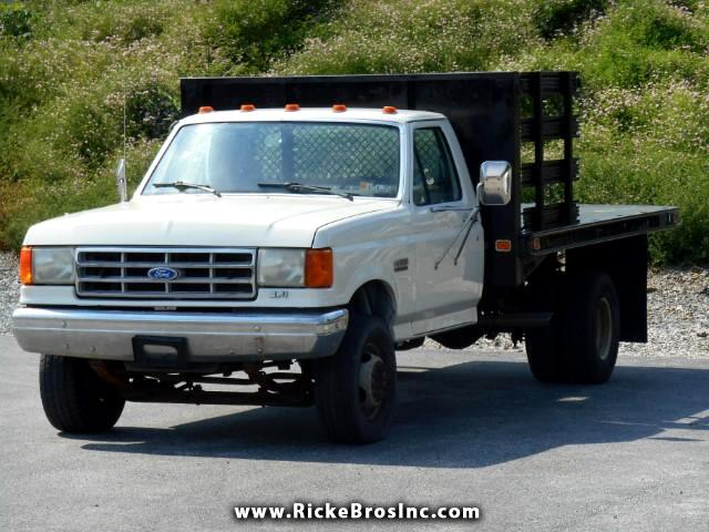 1991 Ford F-450 SD Chassis Cab 2WD