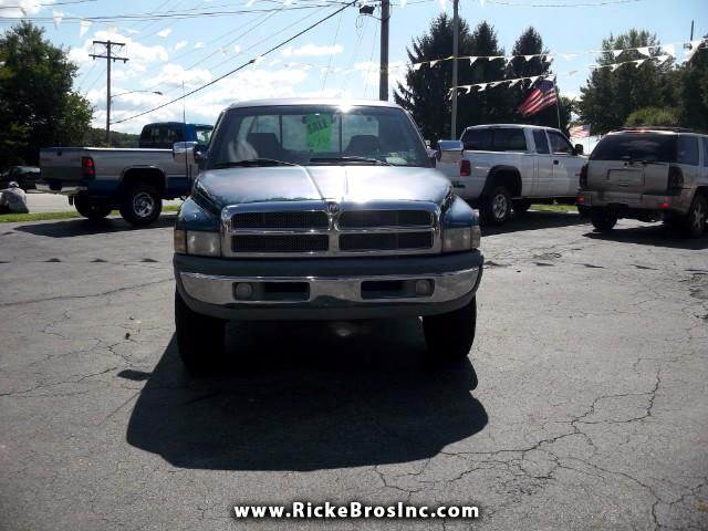 1997 Dodge Ram 1500 ST Club Cab 6.5-ft. Bed 4WD