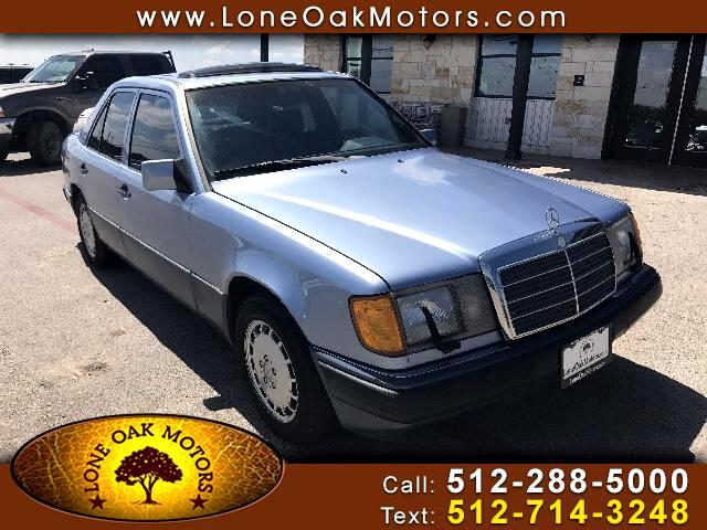 1991 Mercedes-Benz 300 E sedan