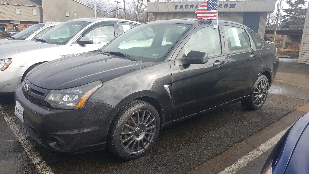 2011 Ford Focus SES Sedan